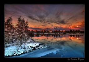 Moonrise by Behindmyblueeyes