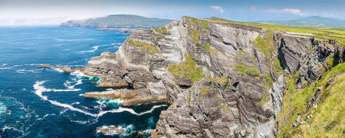 Kerry Cliffs Panorama by TarJakArt