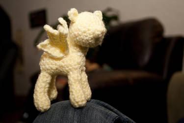 Fluttershy crochet: in progress by terriko