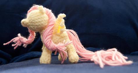 Crochet Fluttershy by terriko