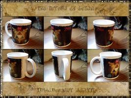 LoZ: Triforce Mug by icycatelf
