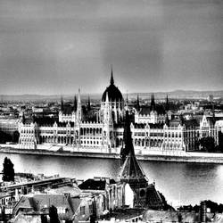 Budapest by mehrmeer