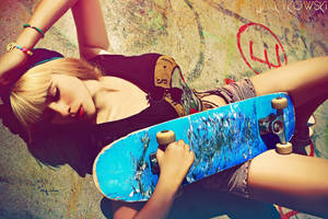 skatergirl6 by JackyRoyalTS