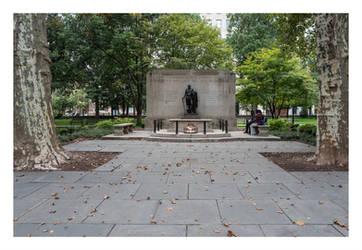 Washington Square Philadelphia by makepictures
