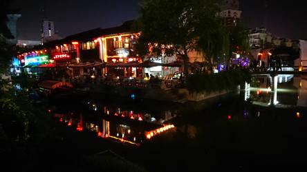 night by kaqikaqikaqiqi