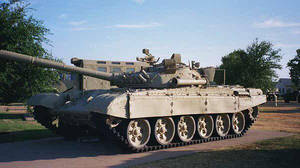 T72 - Side by RBL-M1A2Tanker