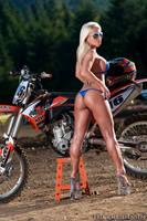 Dirty Bike by erikrulz