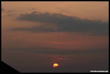November Sunset II by fivepi0nt
