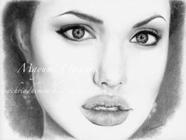 Angelina by MayumiOgihara