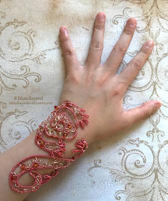 [Commission] Adjustable Bearded Dragon Bracelet by craftsbyblue