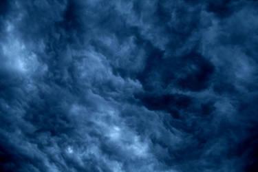 Nuage Bleu Ondule Trois by dakotapearl