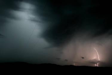 Lightning 2 by dakotapearl