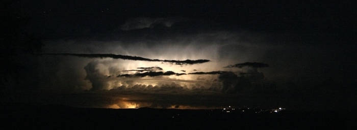 Storm Chasing - Mt Ainslie 1 by dakotapearl
