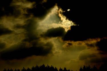 Triangle in the sky by Finnyanne