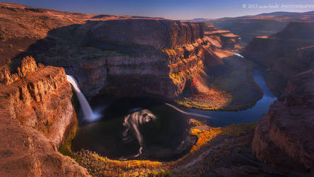 A serpent in the canyon by Dee-T