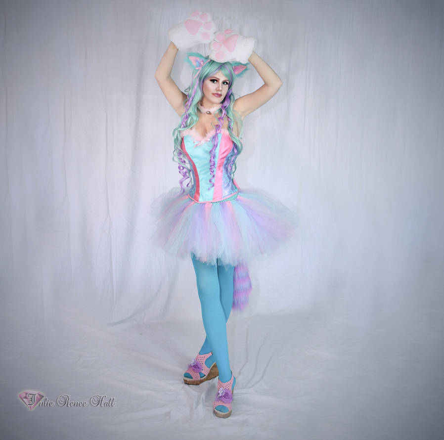 Cotton Candy Cat Cosplay by FinalFantasyCosplays
