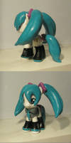Miku Pony Without a Skirt by Amandkyo-Su