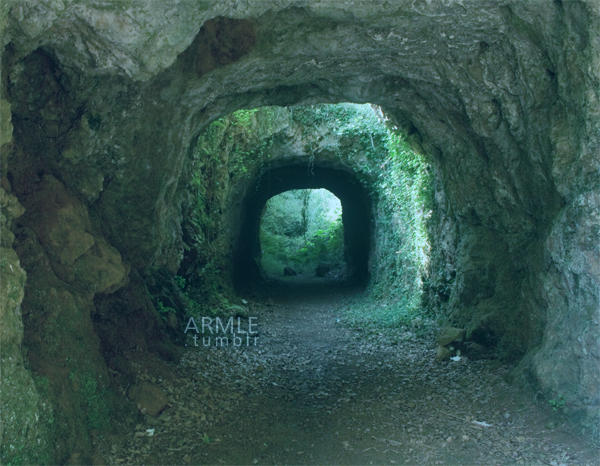 Greenish Tunnel by carnedepsiquiatrico