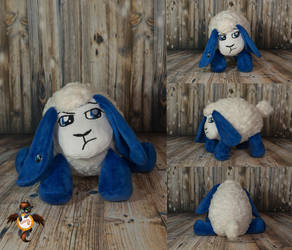 Gabriel the Sheep by Essorille