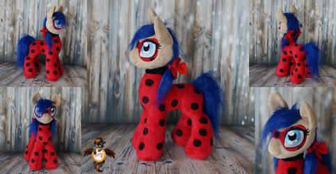 Ladybug pony by Essorille