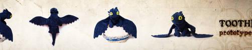Toothless prototype plushie by matonnka
