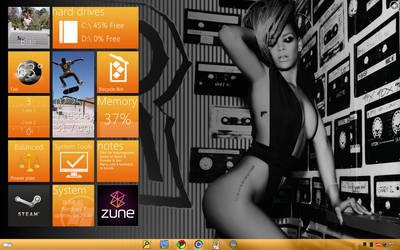 Current Desktop 8-31-10 by iRockSBs