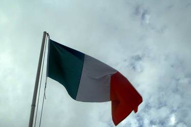 Irish Tricolour in the wind by YulianEruannoNoldor