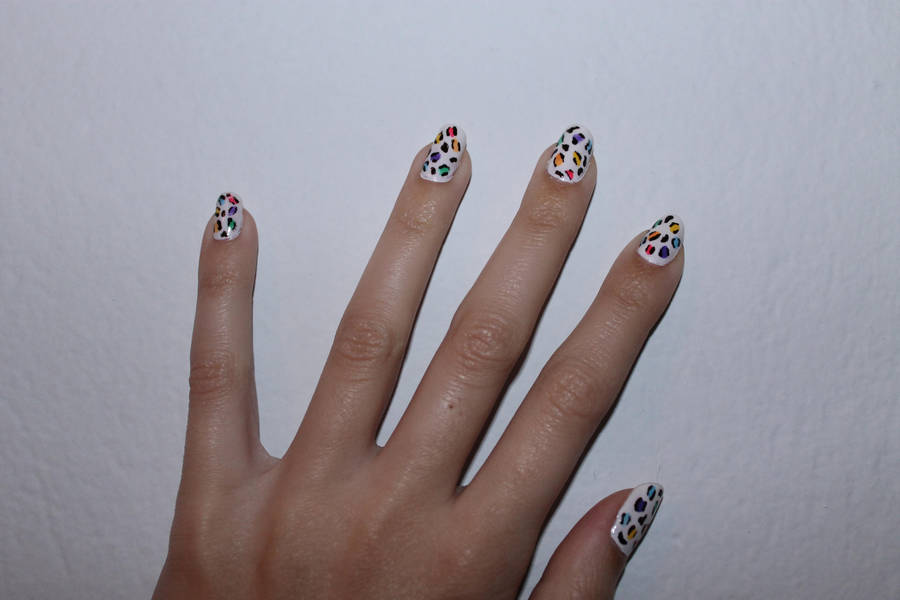 Colorful Animal Print nails by lpevris