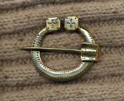 Horseshoe brooch by Ugrik
