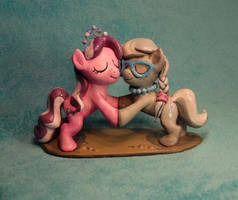 MLP - Diamond Tiara and Silver Spoon Sculpt by Miki-