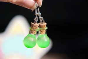 Glowing Green Potion Earrings by IvrinielsArtNCosplay