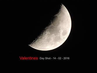 Valentines Moon by taramara