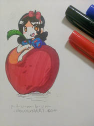 Snow White by p-l-u-m-b-u-m