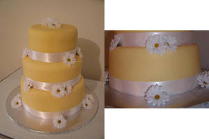Daisy Wedding Cake by ayarel