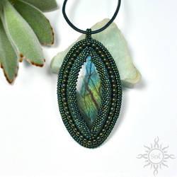 Erdei pendant by Sol89