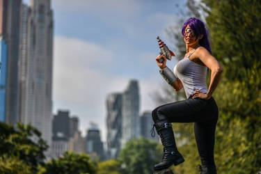 Leela in New York by nico-hebe