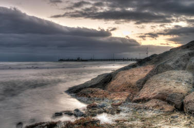 Mordialloc Pier by VoAndy