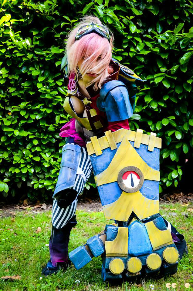 VI stands for VIOLENCE! by AxelTakahashiVIII