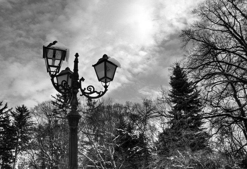 Broken Lights, Shattered Clouds by Kemendil