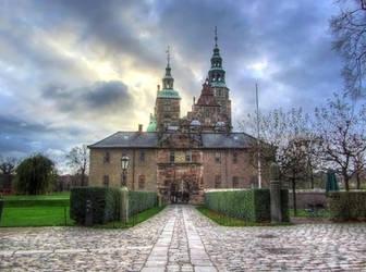Rosenborg Castle by Kemendil