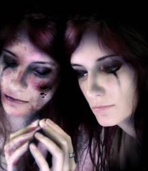 Hurt by x-Tsila-x