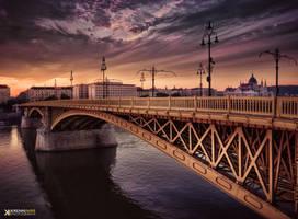 Dream on the bridge by piximi