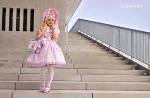 Sugary Sweetness II by harlyharlekin