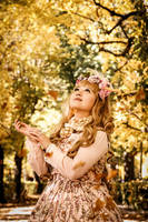 Autumn Spirit by harlyharlekin