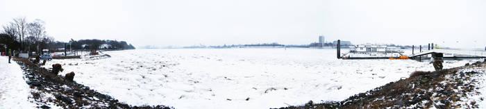 Frozen Elbe by meylersmemoirs