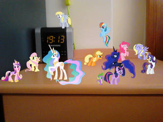 My Little Party by LovelyLeoKika
