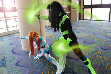 Shego and Kim Battling it out by ELECTRIKSH0CK