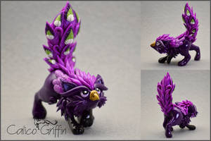Lisaria the Peacock Griffin - polymer clay by CalicoGriffin