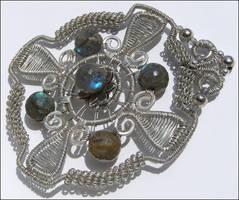 Labradorite Medallion by amorfia