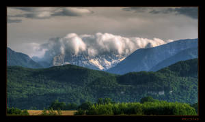 Foehn wave over the mountains by RRVISTAS